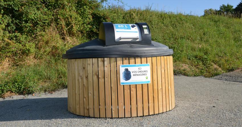 déchets - conteneur semi enterré