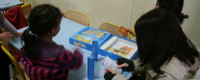 ludothèqe - enfants jouant