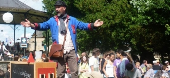 Olivier Hédin, conteur mayennais et crieur public